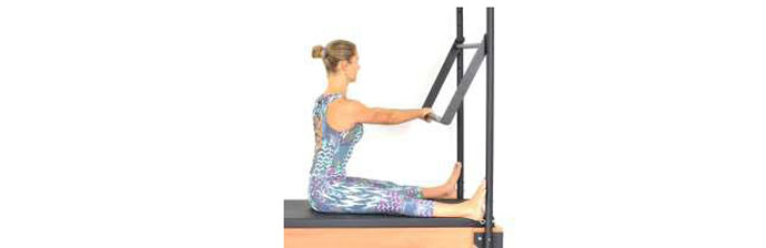 Exercício: Spine Stretch