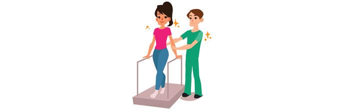 Fisioterapeuta Auxiliando No Exercício