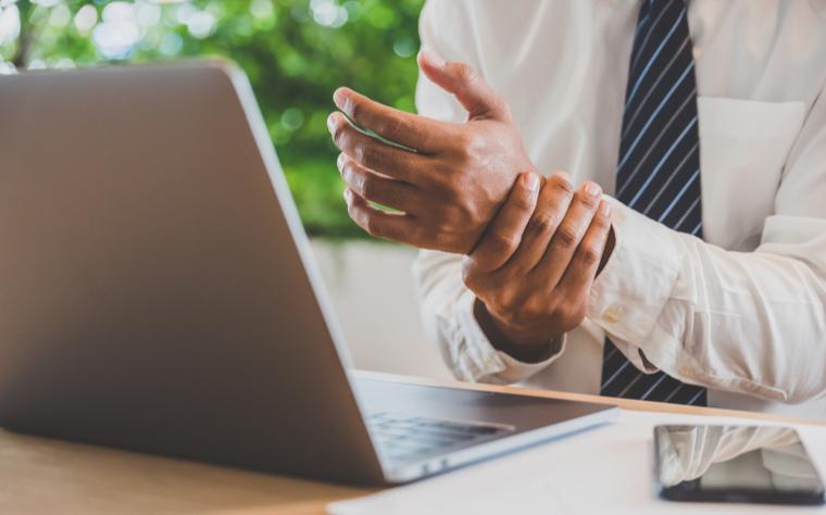 Dor no punho: anatomia, prevenção e tratamentos