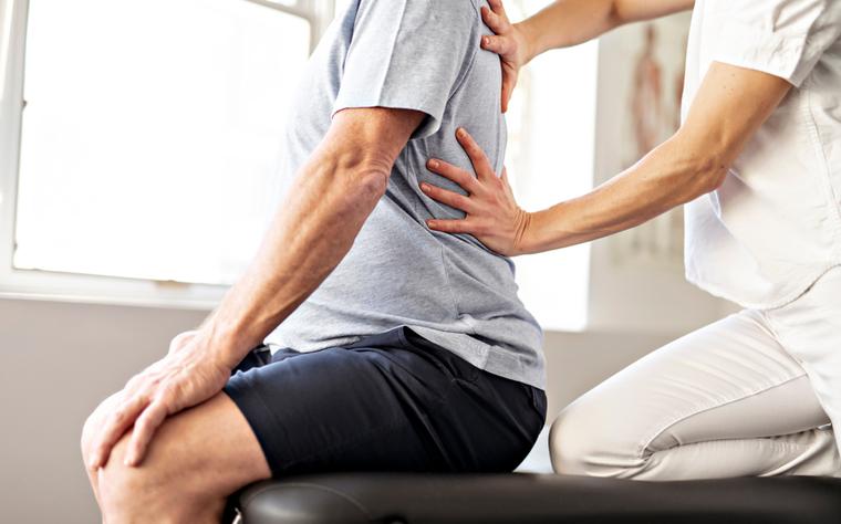 Terapia manual na lombalgia: tudo o que você precisa saber para aplicar