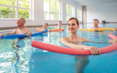 Fisioterapia aquática: entenda o que é e conheça seus benefícios