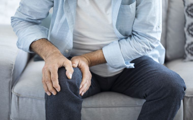 Dor nos joelhos sem diagnóstico definido: como ajudar seus pacientes?