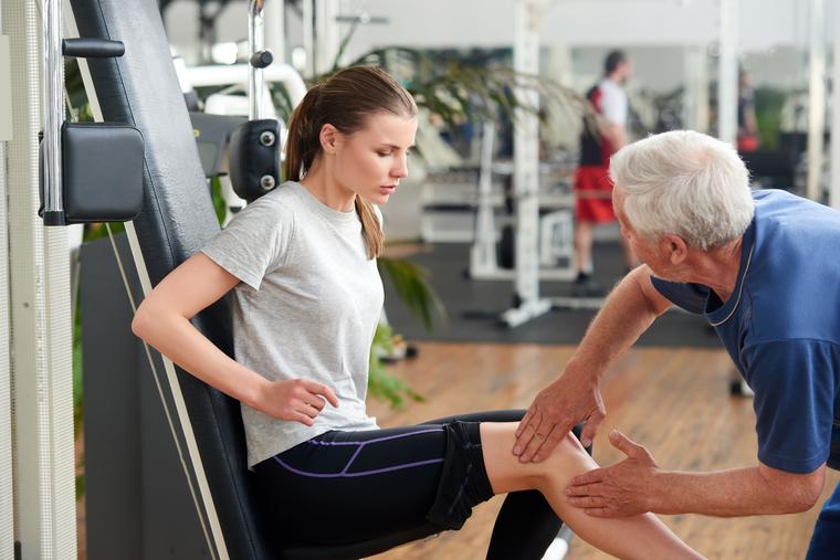 01 - Tratamento fisioterapêutico na Síndrome da Banda Iliotibial em corredores